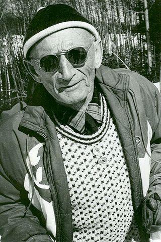 Johannsen-bio-portraitb